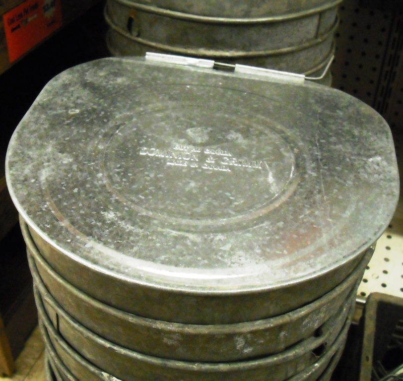 Used Galv. Flat Maple Syrup Bucket Covers